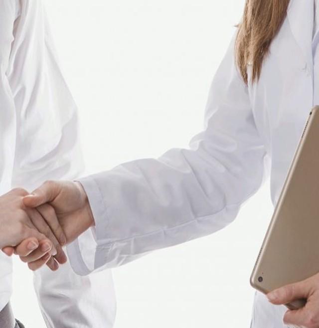 Consideraciones a la hora de elegir un especialista en infertilidad